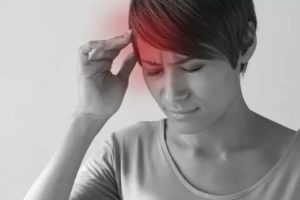 Боль в ухе при наклоне головы вниз