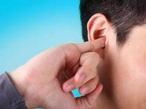 Жжение в ухе причины и лечение