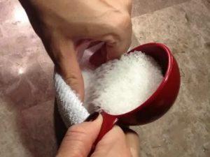 Горячая соль при кашле