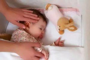 У ребенка во сне поднимается температура