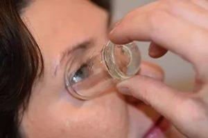 Можно ли промывать глаза физраствором
