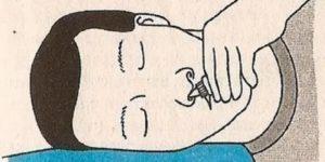 Как правильно закапать капли в нос ребенку