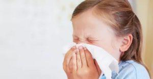 Почему ребенок чихает по утрам