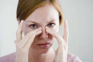 Гайморит болит глаз