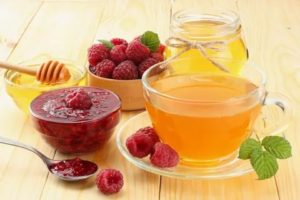 Можно ли чай с малиной при температуре